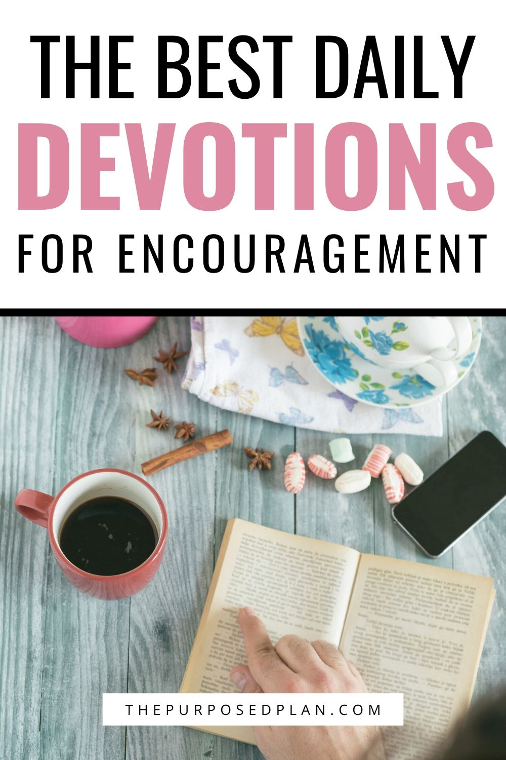 DAILY DEVOTIONALS FOR WOMEN