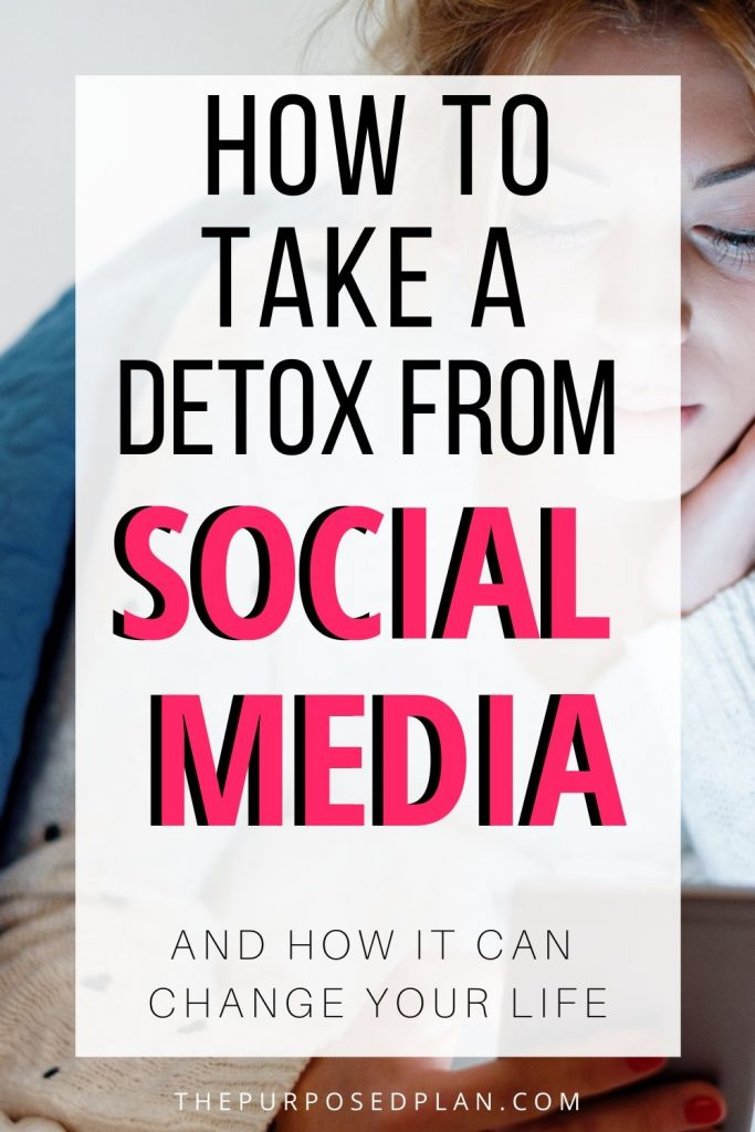 HOW TO TAKE A SOCIAL MEDIA DETOX